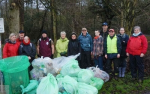 FoBP and CRG join forces to pick litter.